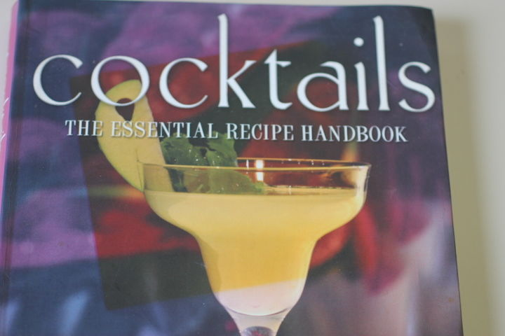 Essential Cocktail Handbook